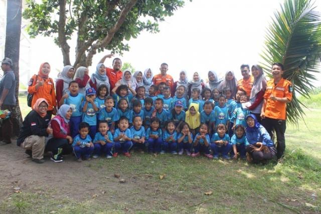 Foto Bersama TK Meraih Bintang
